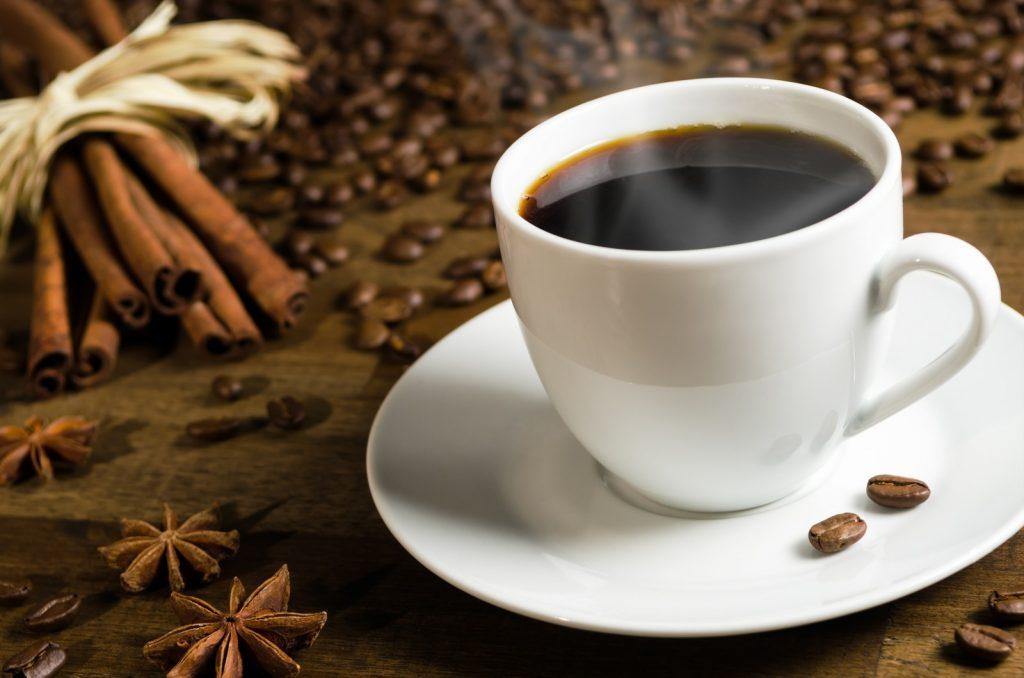 ۱۰دلیل قانع کننده ای که چرا باید قهوه بخورید